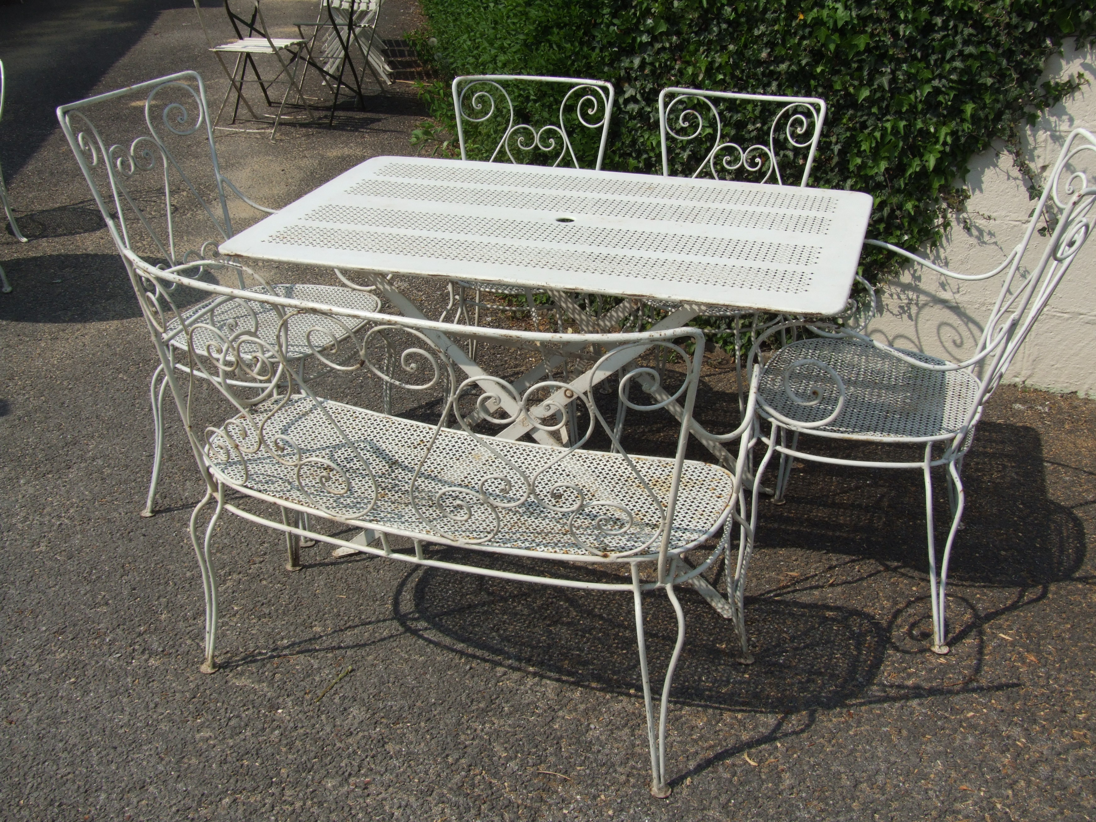 G089 vintage french folding garden table la belle toffe French metal garden furniture