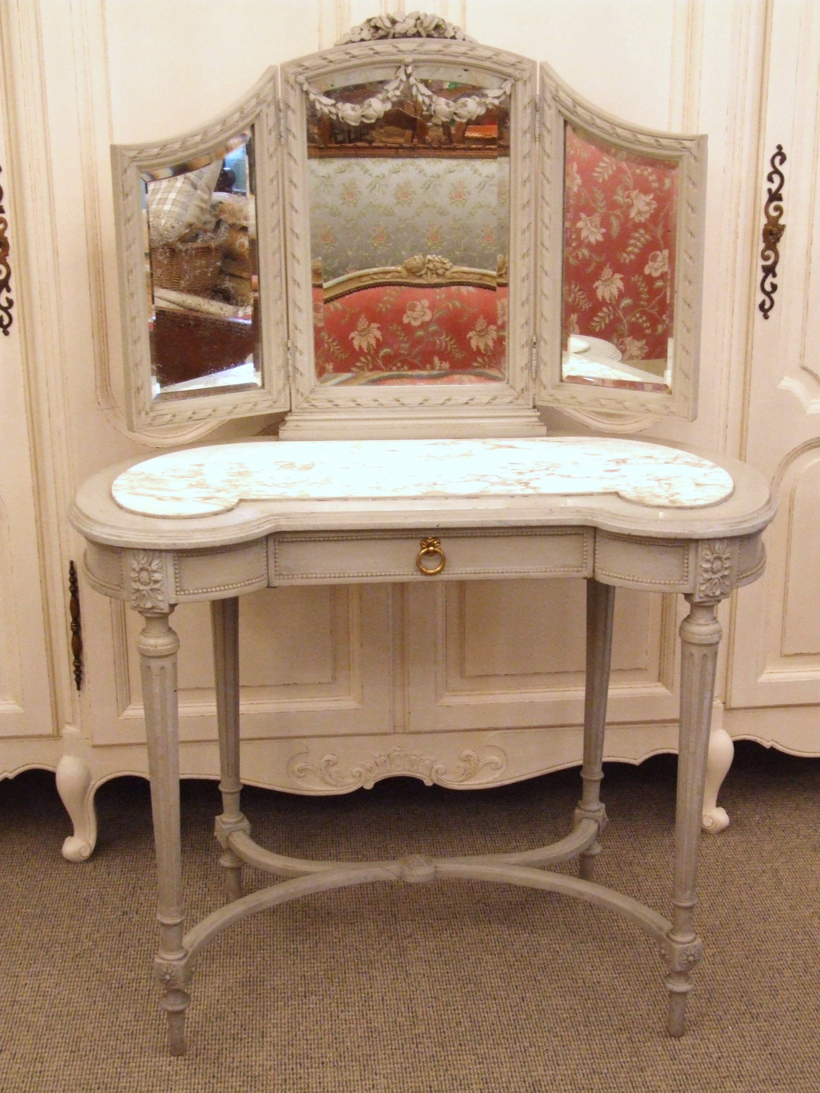 Painted Dressing Table ~ F s antique french painted dressing table la belle