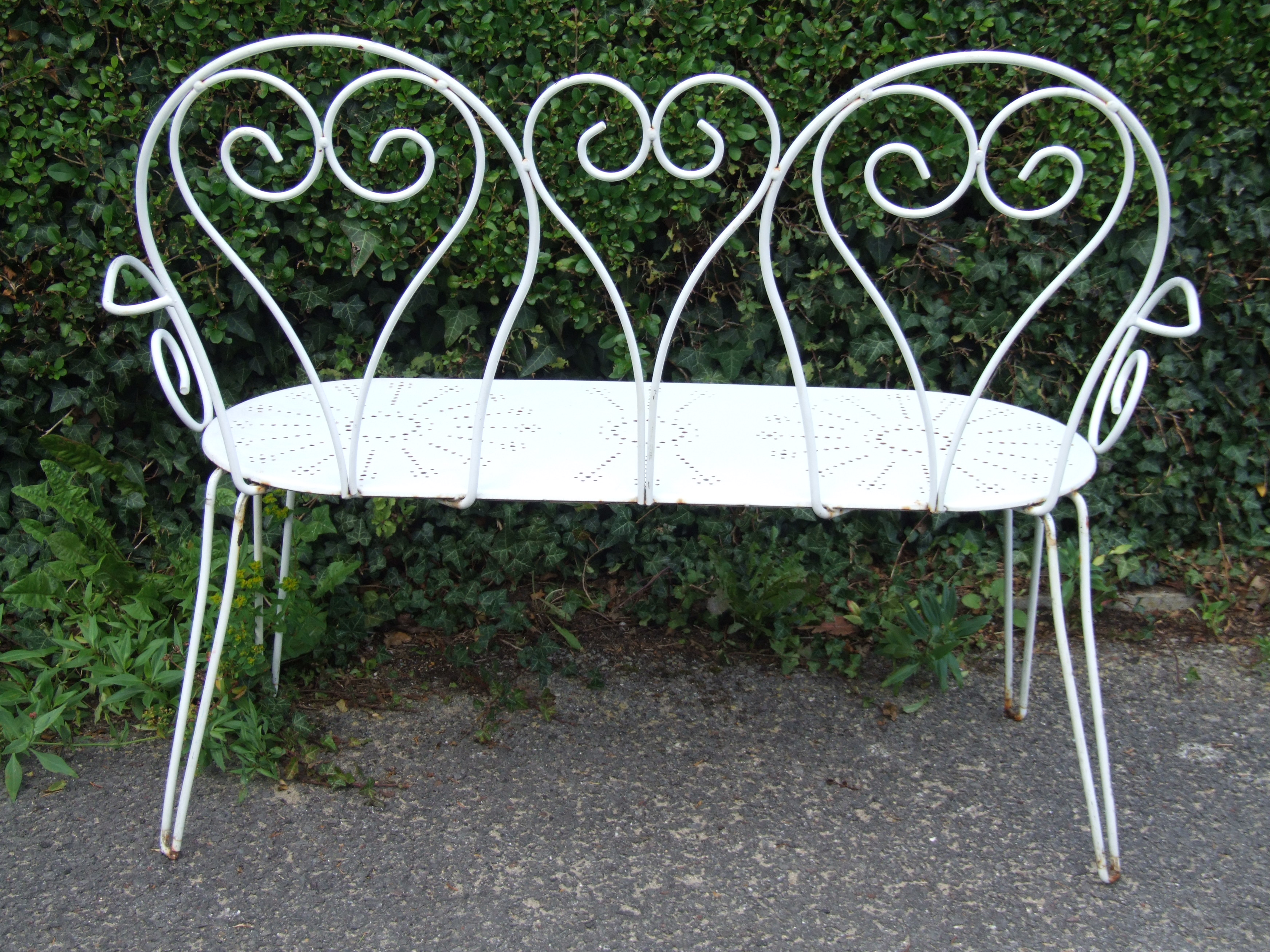 G133 S Vintage French Wrought Iron Garden Bench La Belle Toffe