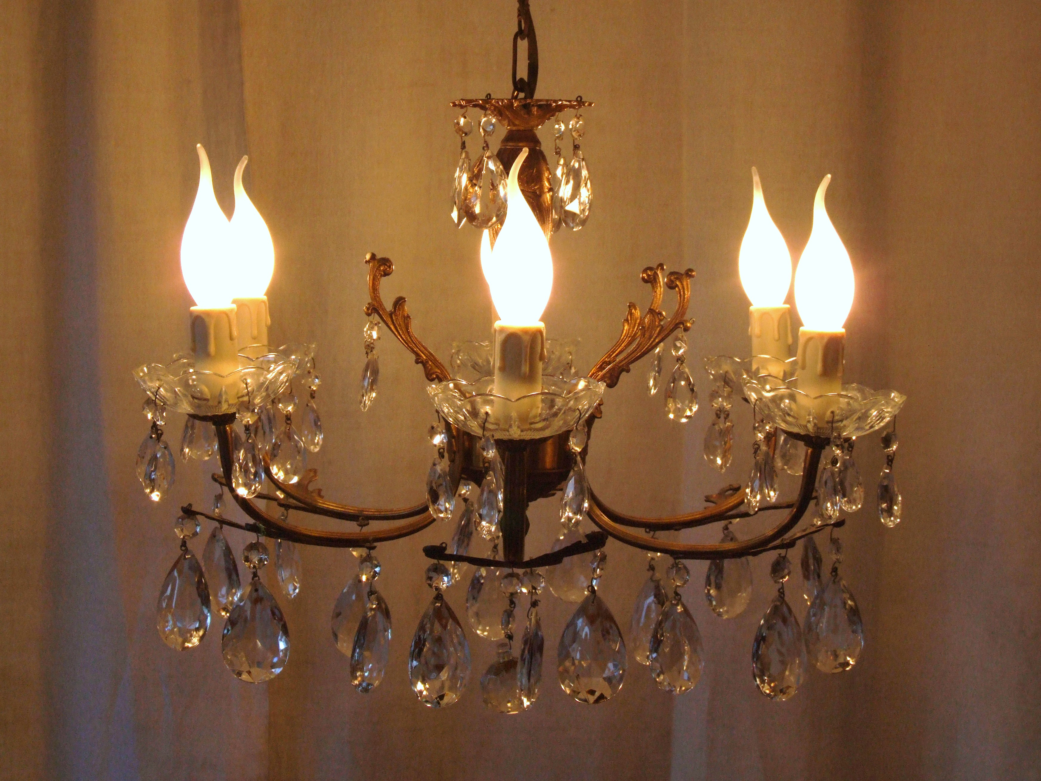 L115 Vintage French Brass And Crystal 6 Arm Chandelier