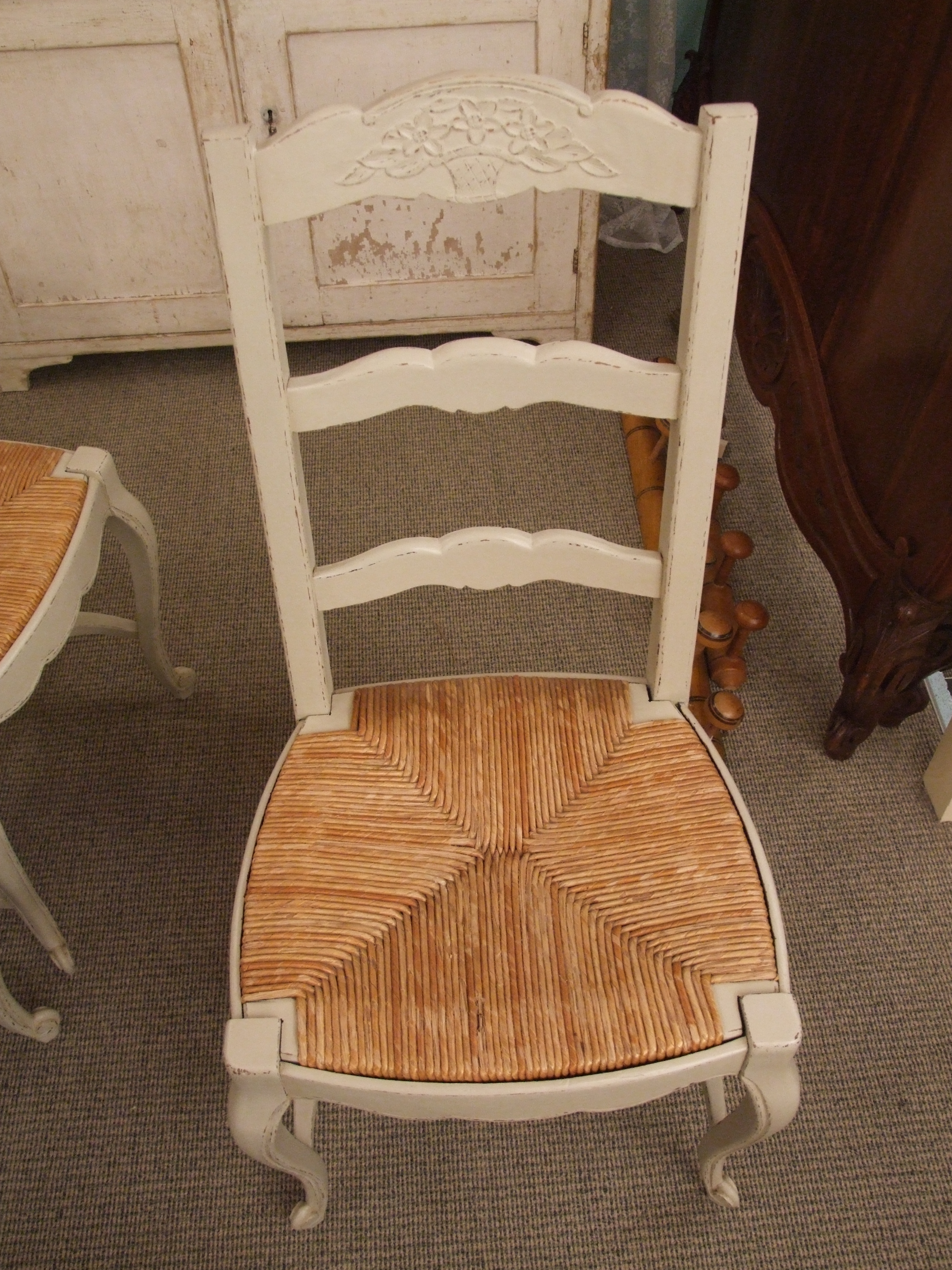 F533 S Set 6 Vintage French Painted Dining Chairs With Rush Seats