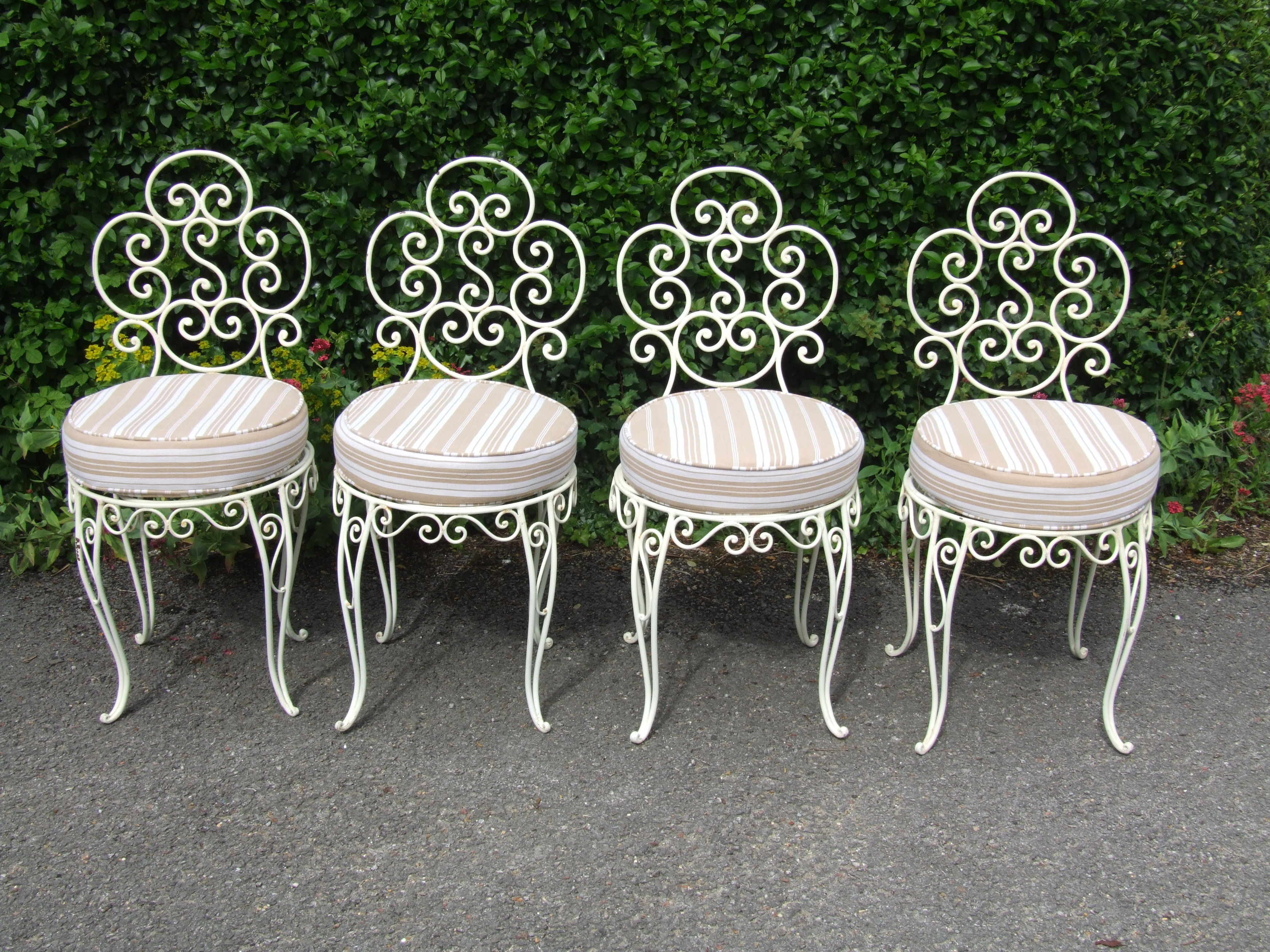 G175 S Vintage French Wrought Iron Conservatory Patio Café