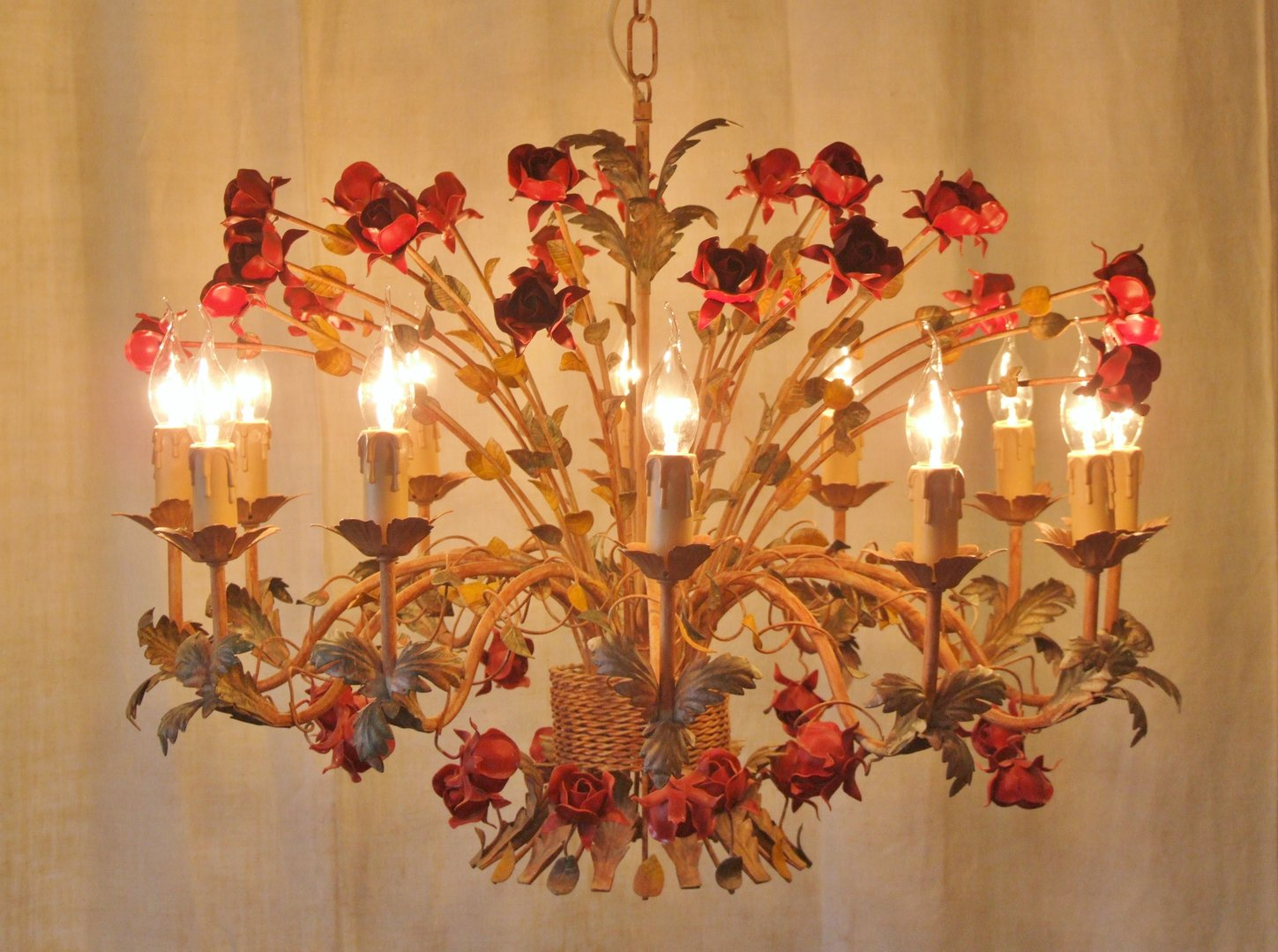 L197s glorious 12 arm vintage italian toleware chandelier with l197 arubaitofo Images