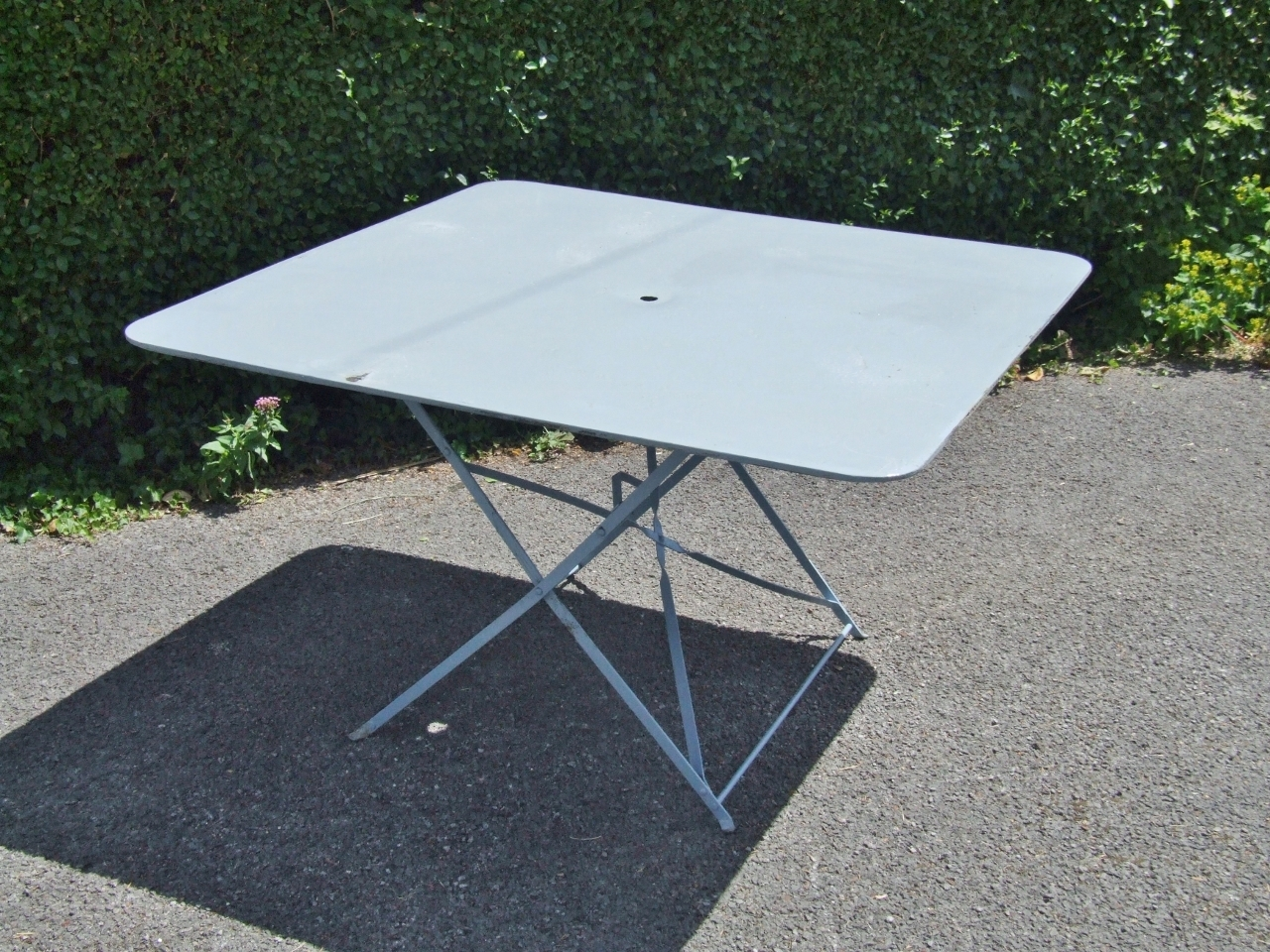 G293 S Large Vintage French Folding Metal Garden Patio Cafe Table Table