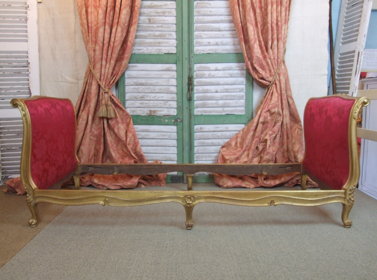 Bon ... F708   Sublime Antique French Gilded Daybed Frame With Original Silk  Upholstery ...