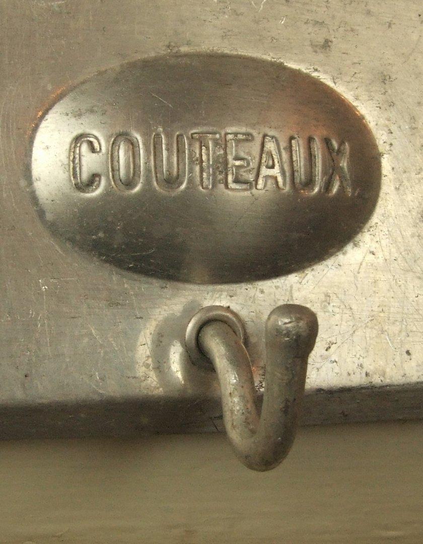 B466 s antique french art nouveau kitchen towel rack for Accroche torchon cuisine
