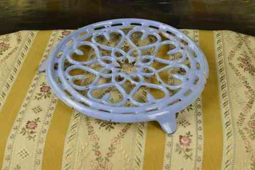 B611 - Sweet Vintage French Blue Enamel Cast Iron Kitchen Trivet, Cuisine Chic