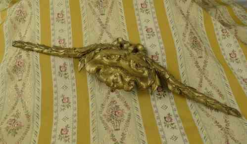 B613 - Superb Antique French Ormolu Mount, Bow & Laurel Leaf Garlands - B613