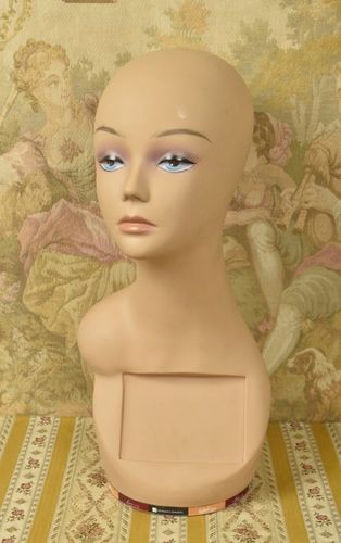S039 - Amazing Vintage French Shop Mannequin / Bust / Millinery / Wig Stand