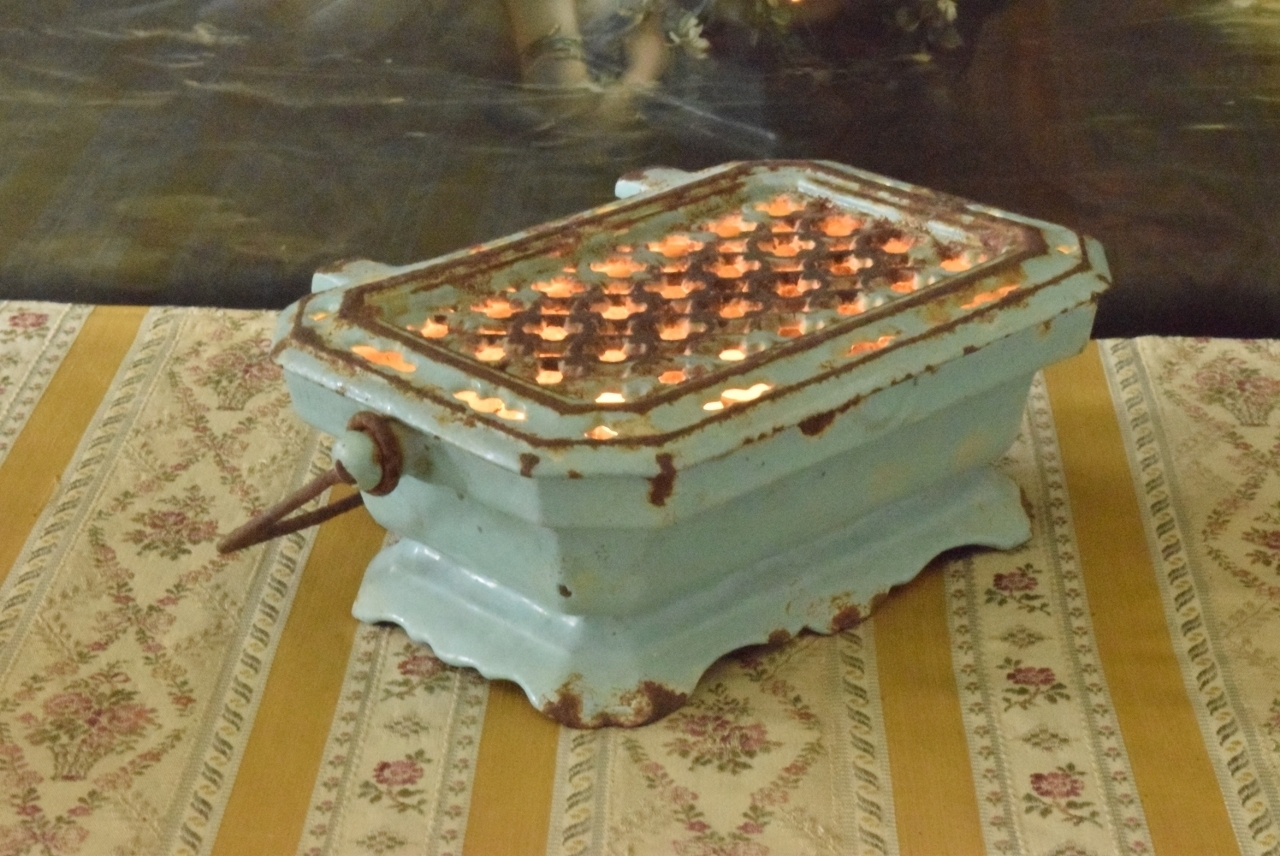Cooking Warmers Vintage Fireplace ~ B s superb antique french enamelled cast iron foot