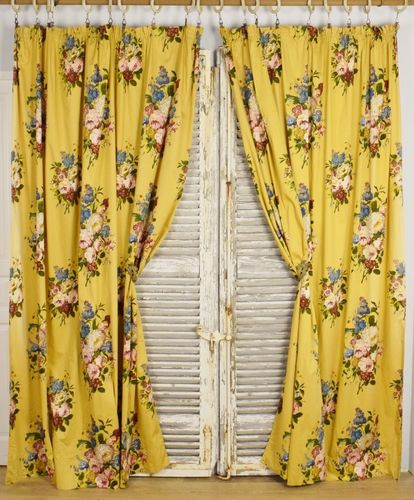 B920 - Glamourous Pair 1950's Vintage French Chateau Curtains,Stunning Florals, Romanex