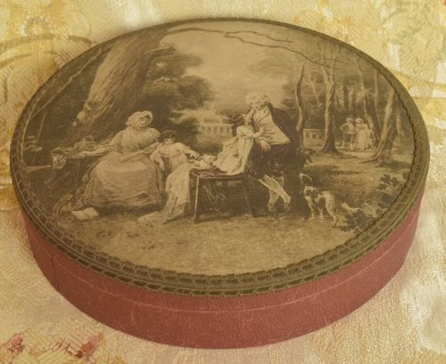 B950 - Divine Antique French Chocolate Box, Sublime 18th C Scene, Passementerie Trim