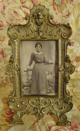 B973 - Delightful Antique French Brass Photo / Picture Frame, Cherub's Face, 19th C