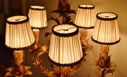 B983 - Divine Set 5 Antique French Pleated Silk Chandelier Lampshades Early - Mid 20thC