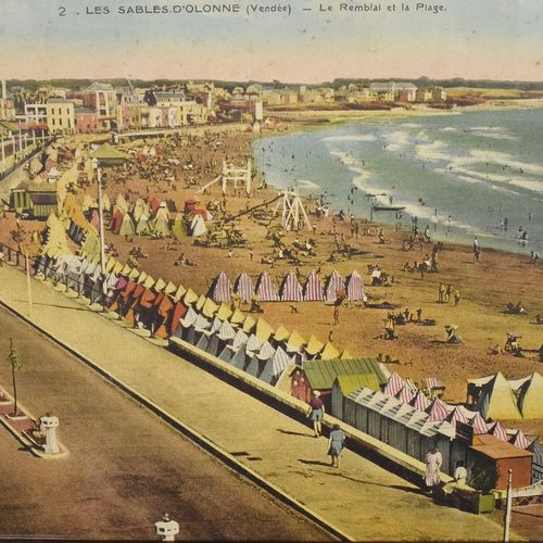 B1021 - Superb Vintage French Nostalgic Seaside Framed Print Les Sables D'Olonne 1940/50