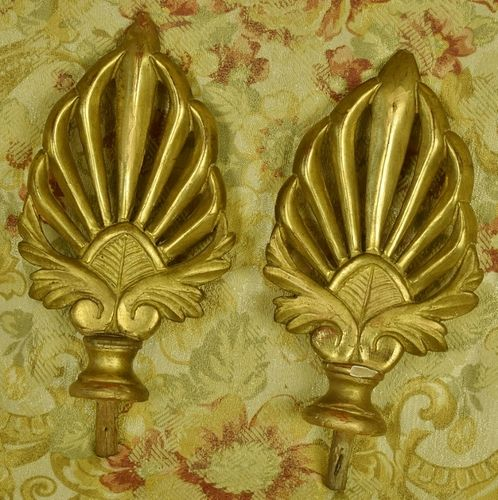B1031 - Divine Pair Antique French Carved Wood Water Gilded Curtain Pole Finials 19th C