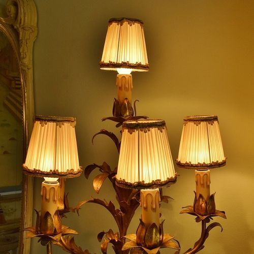 B1049 - Divine Set 4 Antique French Pleated Silk Chandelier Lampshades Early - Mid 20thC
