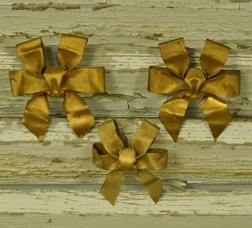 B1064 - Three Sweet Little Antique French Toleware Ribbon & Bow Hook Covers / Mounts