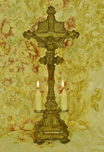 B1074 - Stunning Antique French Gilded Church Altar Cross / Crucifix With Candle Holders