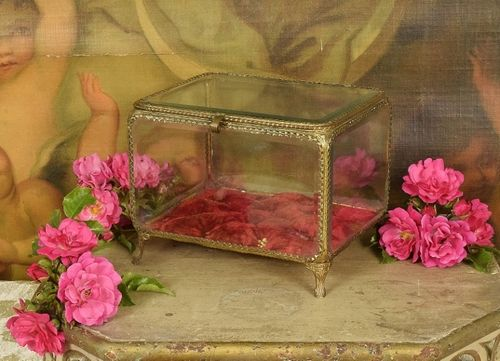B1093 - Stunning Large Antique French Glass Dispay Casket, Jewellery / Trinket Box 19thC