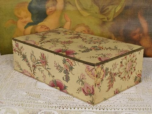 B1100 - Fantastic HUGE Antique French Textile Covered Boudoir Box, Printemps PARIS