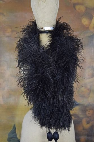 B1106 - Fabulous Antique French Ostrich Feather Boa With Silk Ribbon Tassels, C1890