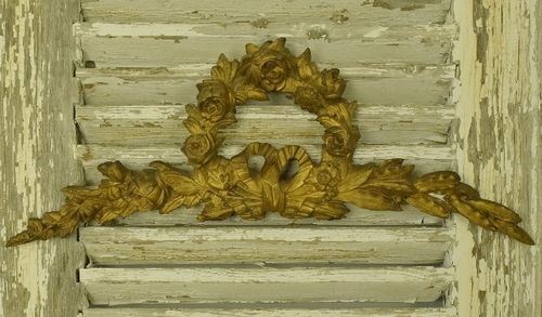 B1114 - Beautiful Antique French Architectural Gilded Pediment / Mount, Flowers & Bow