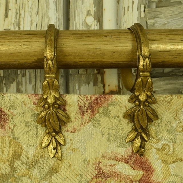 B1122 - Stunning Set 10 Antique French Gilded Laurel Leaf Chateau Curtain Rings, 19th C