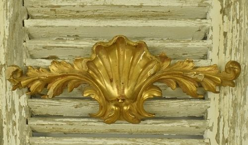 B1134 - Gorgeous Antique Italian Carved Wood Water Gilded Shell Mount / Pediment 19thC