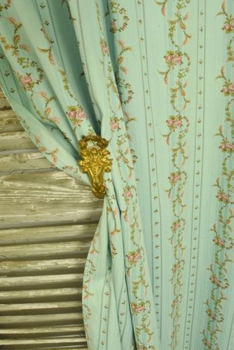B1159 - Divine Pair Vintage French Curtains & Pelmet, Pink Rose Garlands On Turquoise