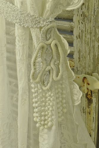 B1164 - Gorgeous Pair Antique French Crocheted Curtain Tie Backs, Bobble Tassels, 19thC
