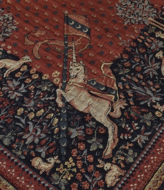 B1221 - Superb Vintage Flemish Woven 'Tapestry' Throw / Table Cloth, Medieval Unicorns