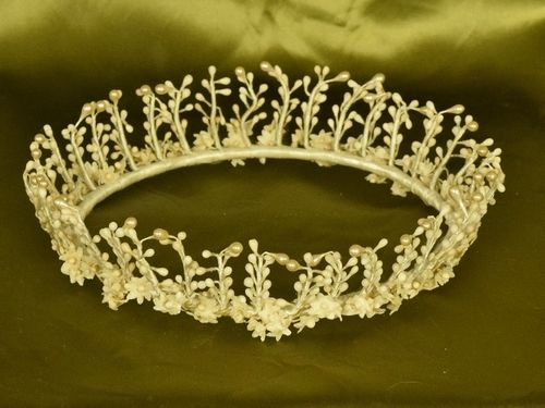 B1252 - Beautiful Delicate Antique French Wax Bud Wedding / Bridal Couronne,Tiara, Crown