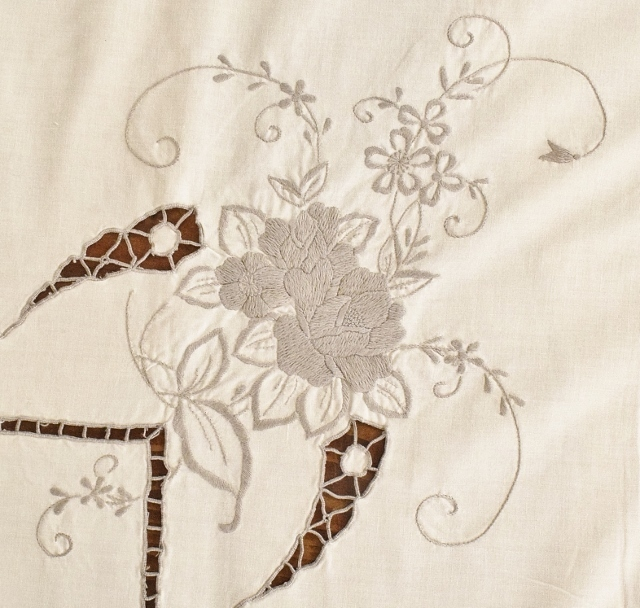 B1256 - Beautiful Long Antique French Lacework & Embroidered Roses Cotton Tablecloth